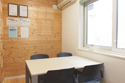 おいらせ事業所-面談室